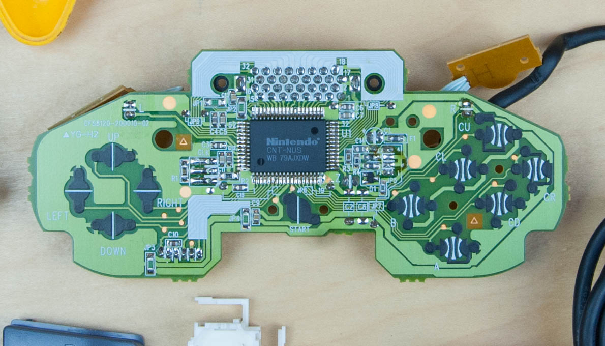 Nintendo Controller Teardown Part 1 Super Wiring Diagram The Pcb We See A Lot More Complexity Compared With Previous Controllers This One Has Processing Power To Support Custom Chip